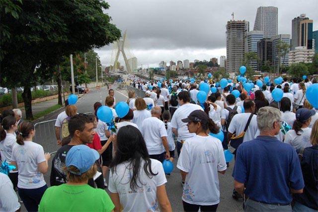 _0000_2011_caminhada_aer