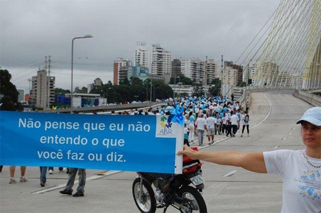 _0011_2011_caminhada_aer